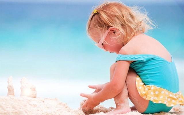 защитить ребёнка от солнца